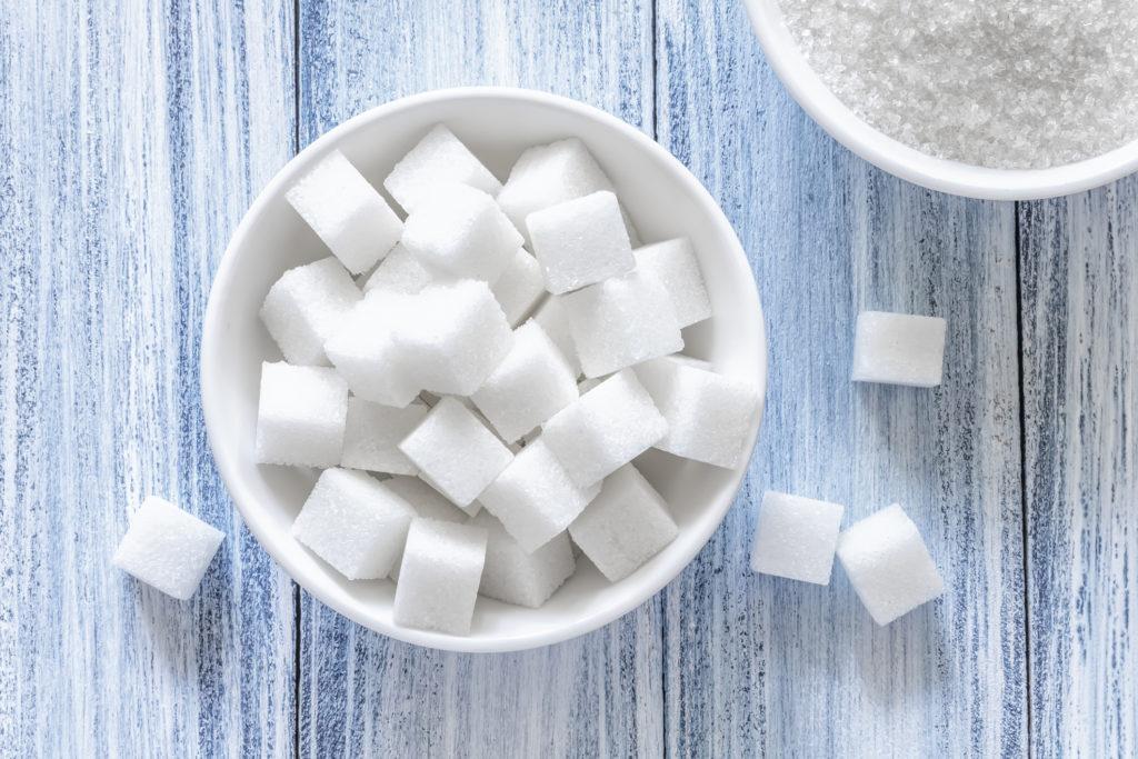 ¿Cuánto azúcar se puede consumir al día