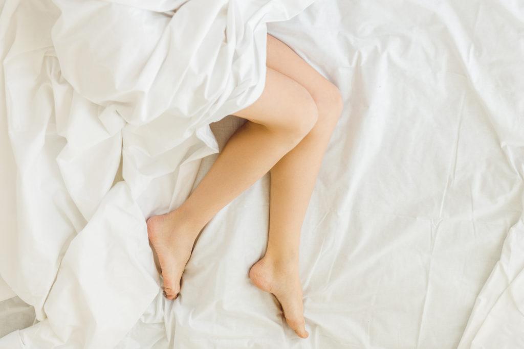 Consejos para sobrellevar el síndrome de piernas inquietas