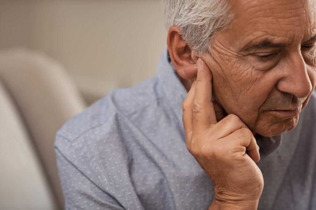 Retrasa la pérdida de audición relacionada con la edad