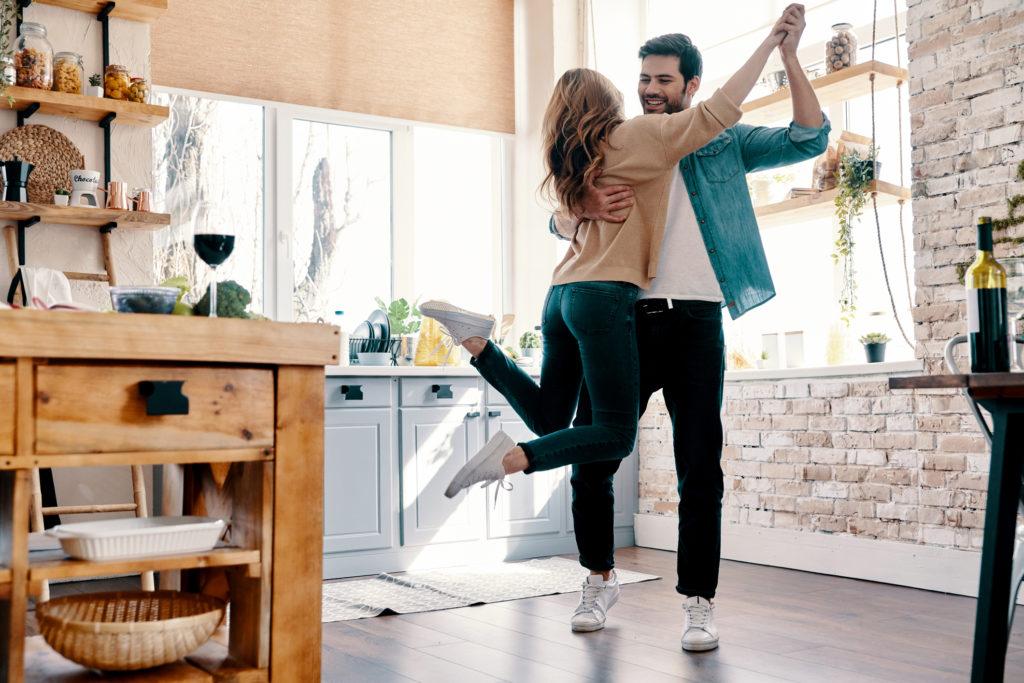 Benefíciate del baile